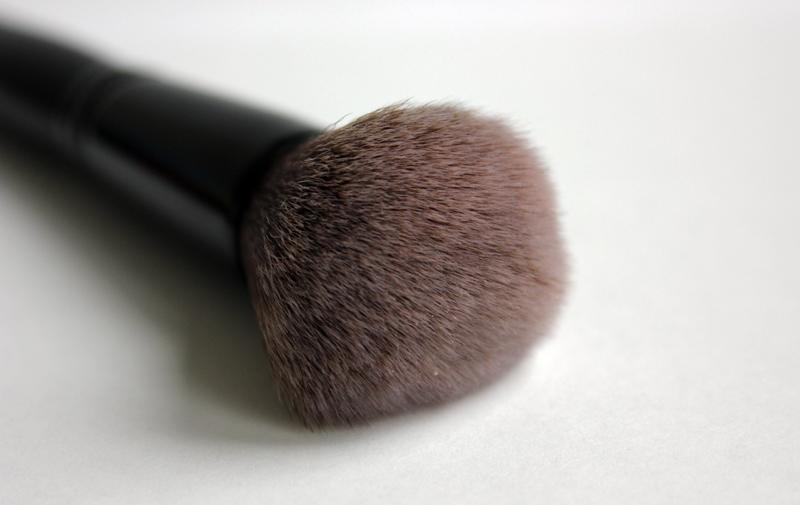 Blush-cetkice-za-sminkanje-12